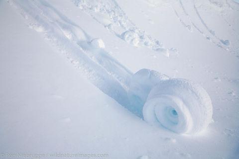 Snow rolls