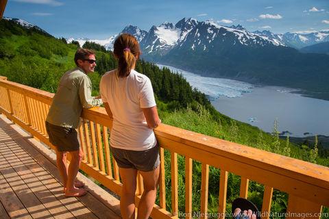 Spencer Glacier Cabin