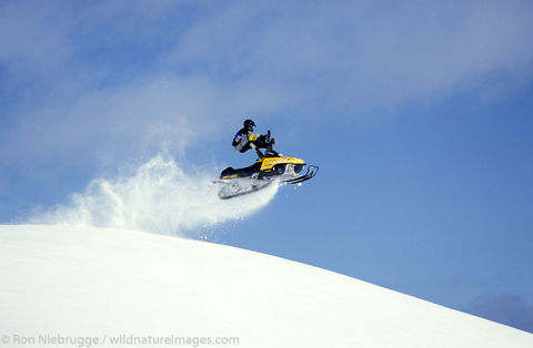 Snowmachine riding, Lost Lake - Jake