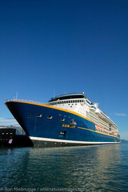 Celebrity Cruises cruiseship Summit