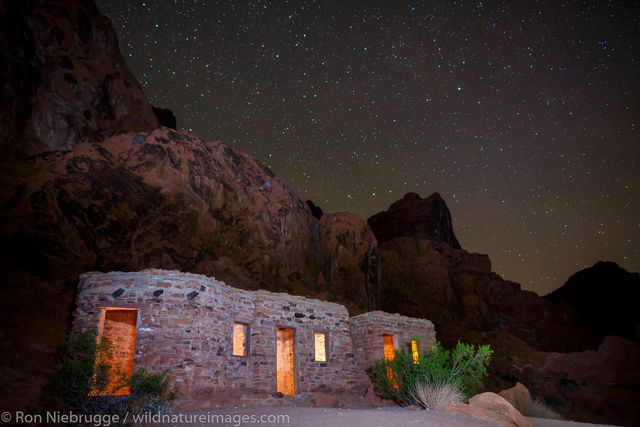 Night at the cabins, Valley of Fire