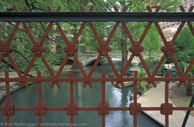 Americas, Iron Bridge, North America, North American, Riverwalk, Ron Niebrugge, San Antonio, Tex, United States of America, bridge...