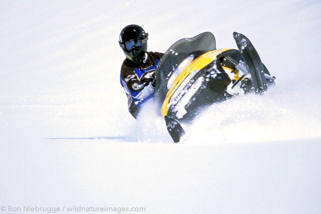 Snowmachine riding, Lost Lake