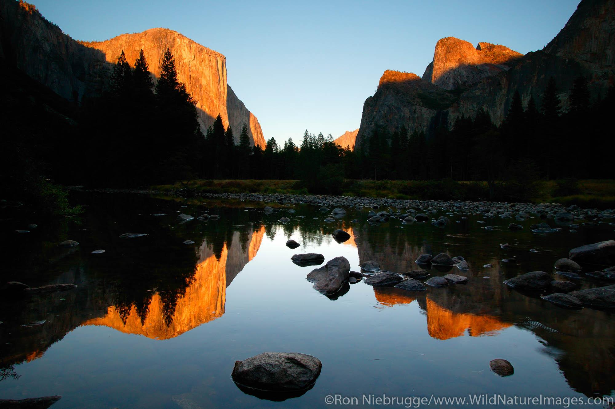 El Capitan and the Merced River, Yosemite National Park, California.