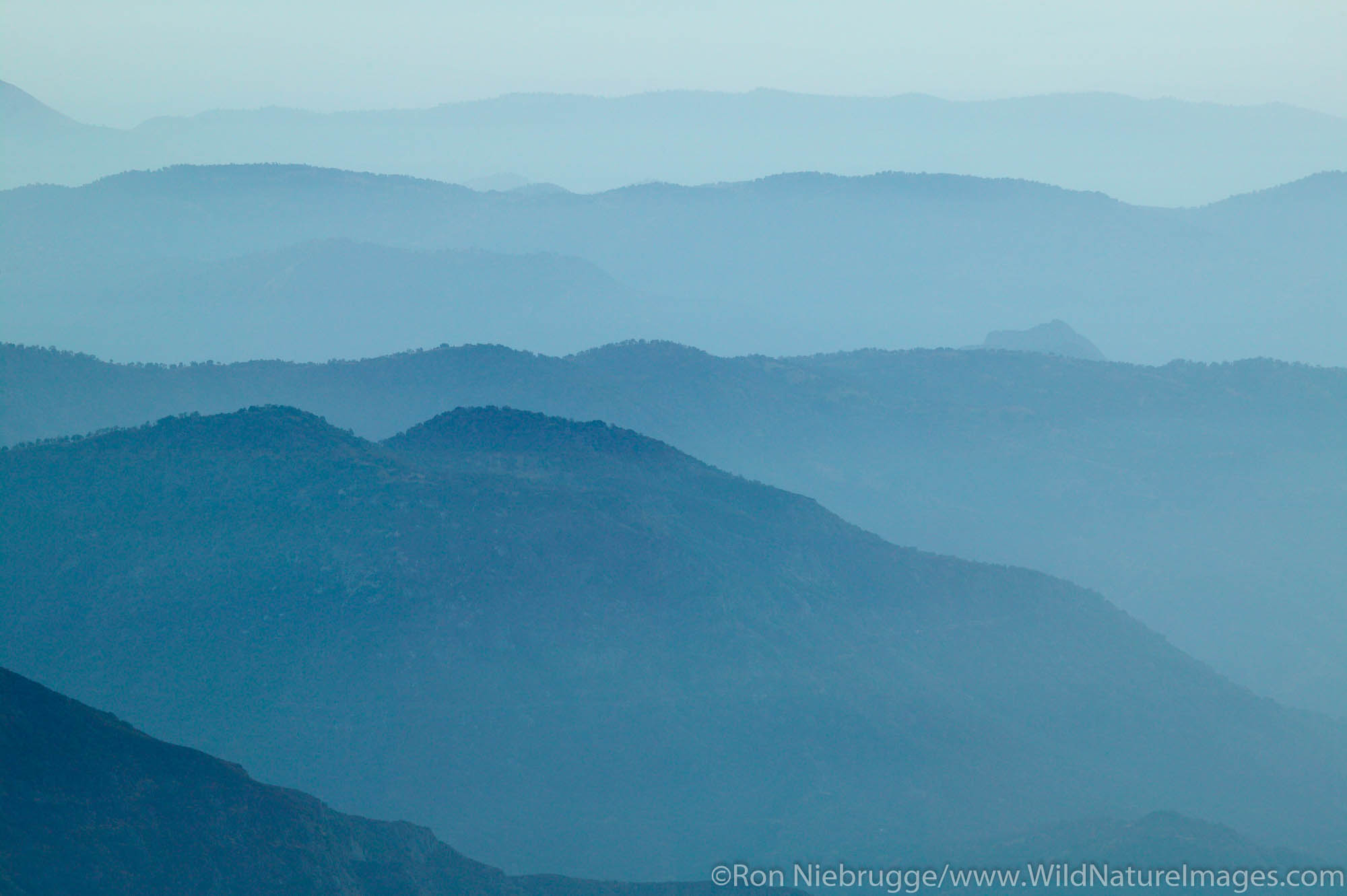 Looking towards the Central Valley from Moro Rock, Sequoia National Park, California.