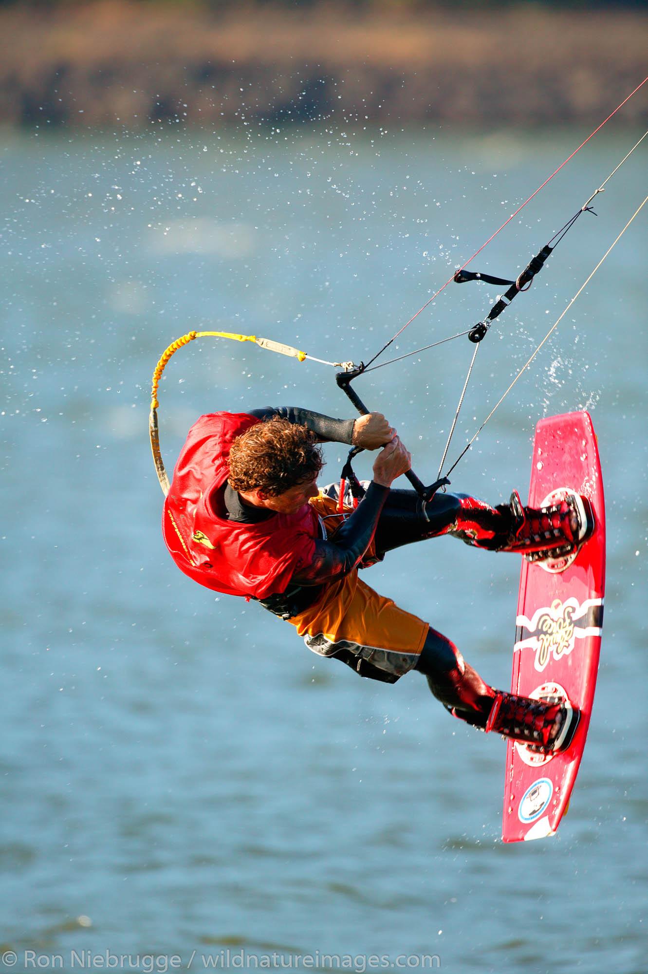 Kite boarding in the Columbia River, Columbia River Gorge National Scenic Area, Lake Hood, Oregon.