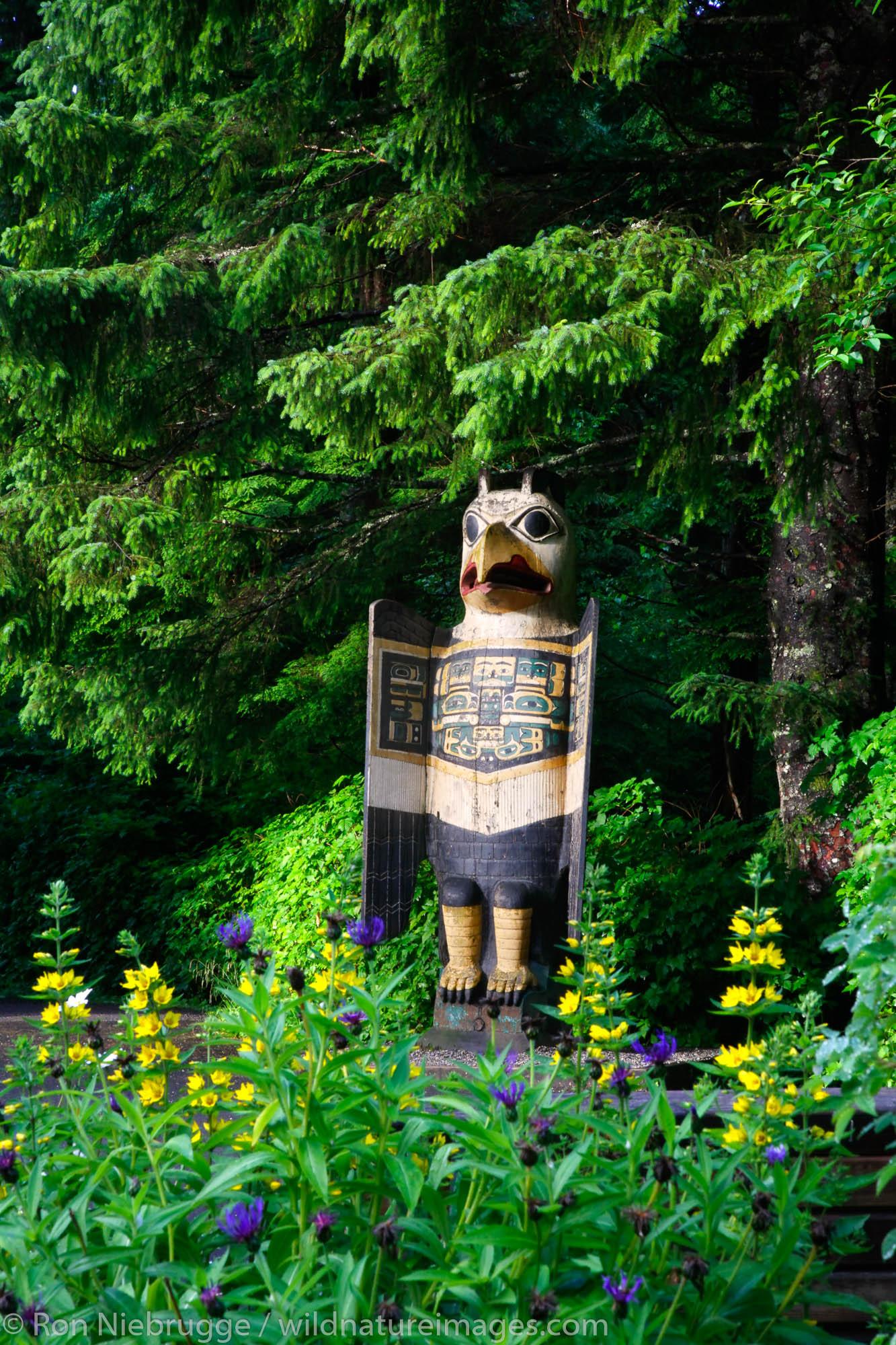 Totem bight, totem, Ketchikan, Inside Passage, Alaska, photo