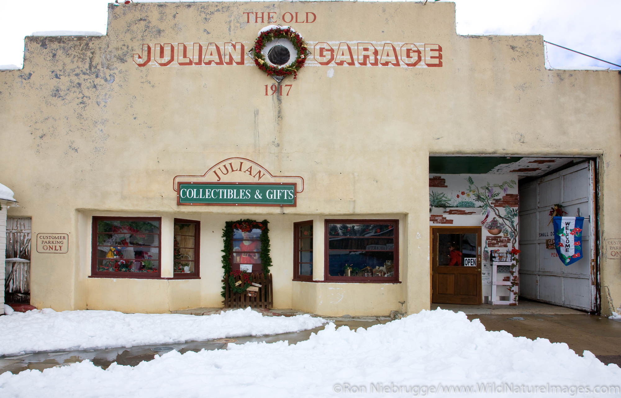 Winter snow in Julian, California.