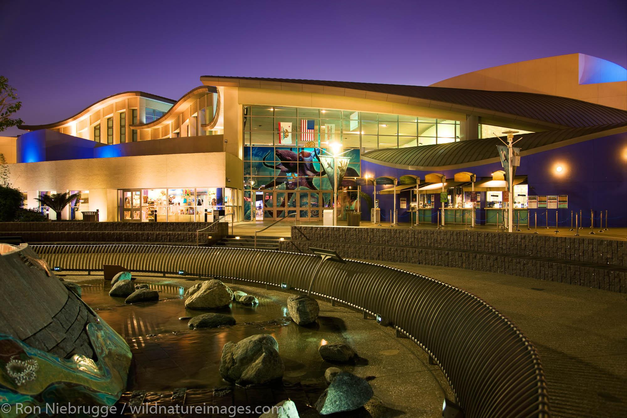 Aquarium of the Pacific, Waterfront Center, Long Beach, California.