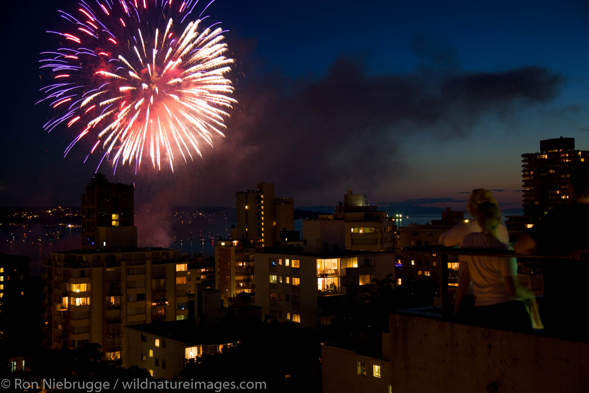 Fireworks during the Canadian portion of the 2009 Celebration of Light, Vancouver, British Columbia, Canada.