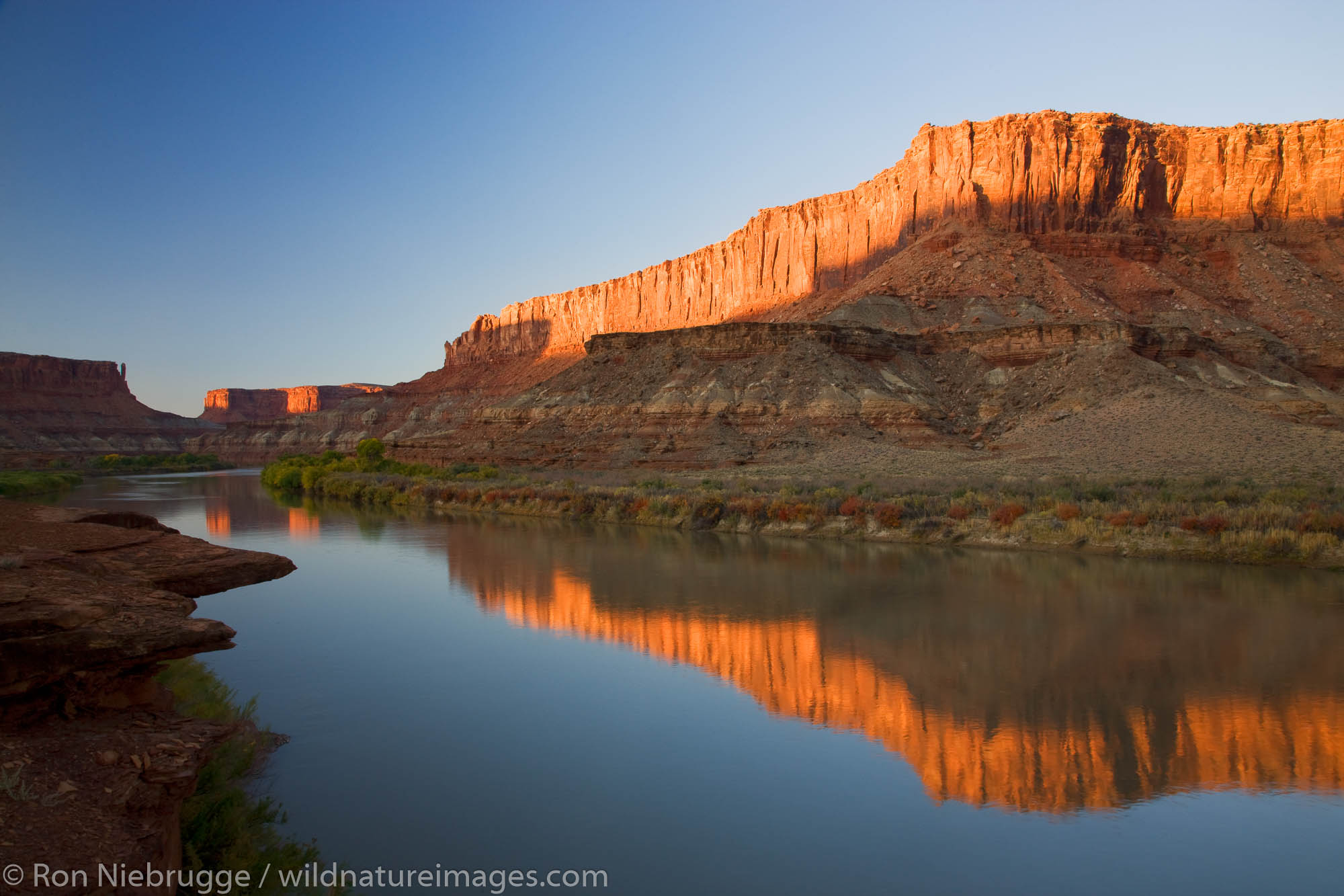 The Green River at the Labyrinth area along the White Rim Trail, Island in the Sky District, Canyonlands National Park, near...