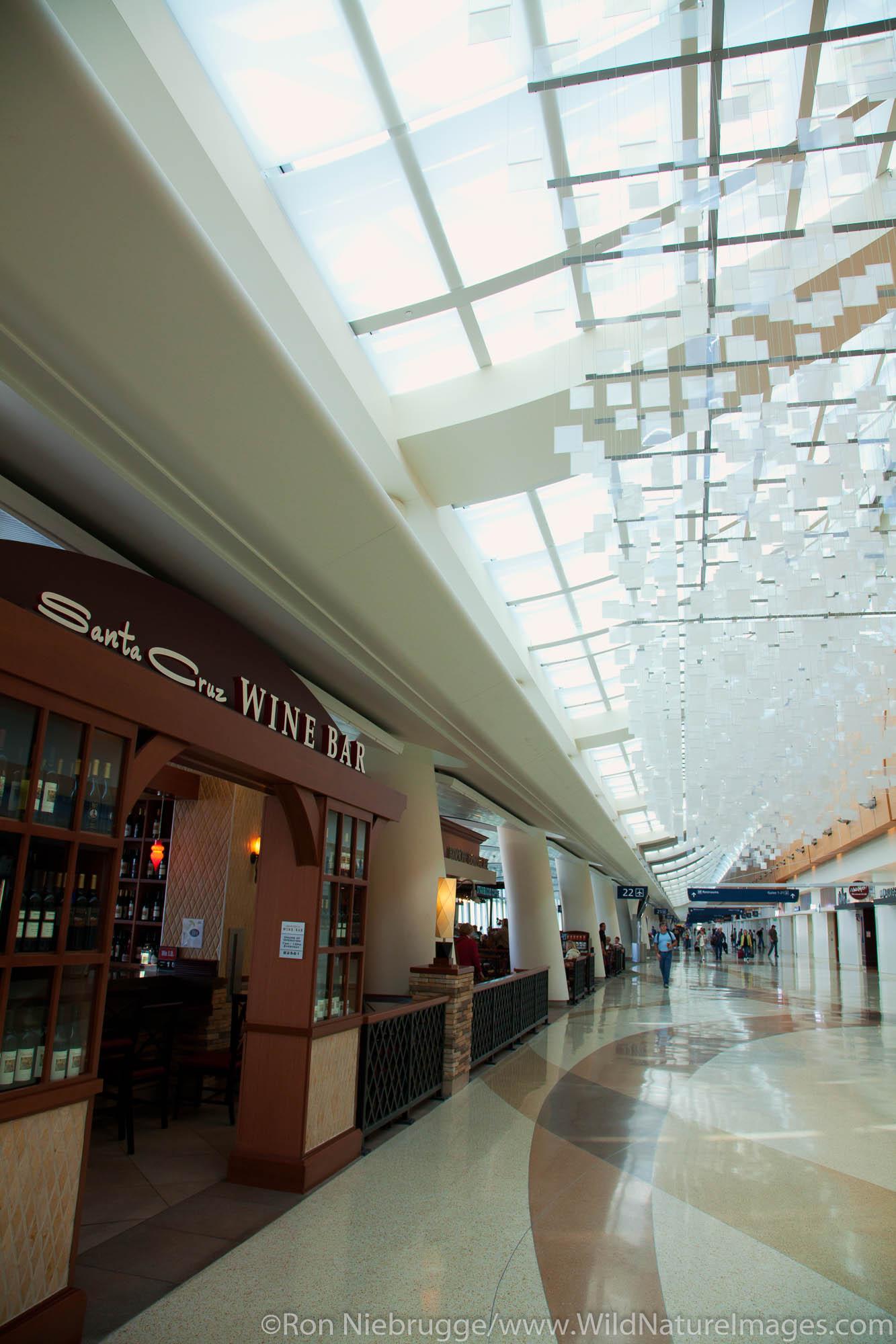 Norman Y. Mineta San Jose International Airport, San Jose, CA