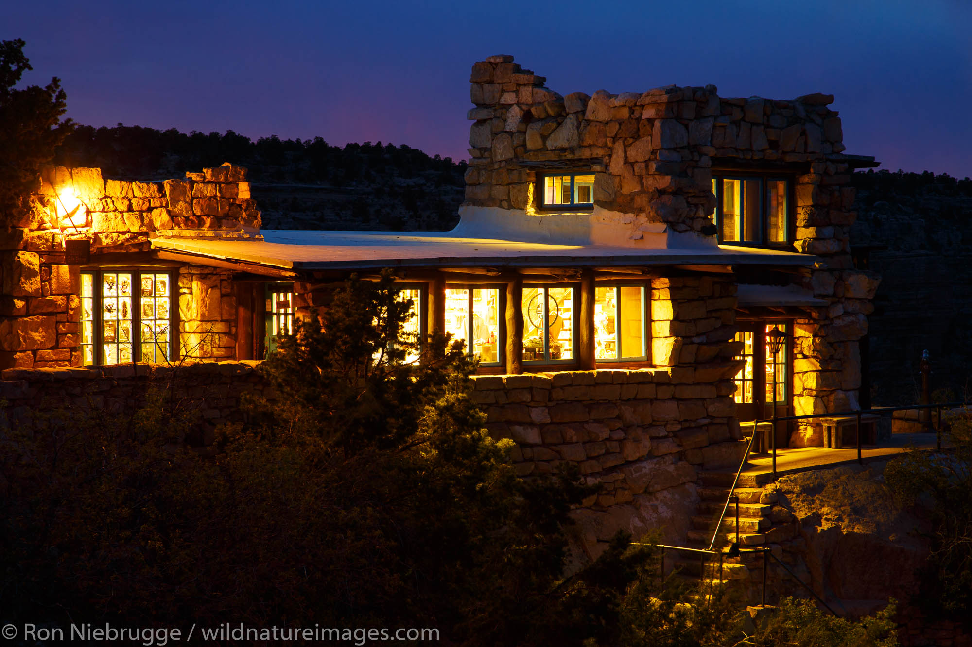 Lookout Studio Gift Store, South Rim, Grand Canyon National Park, Arizona.