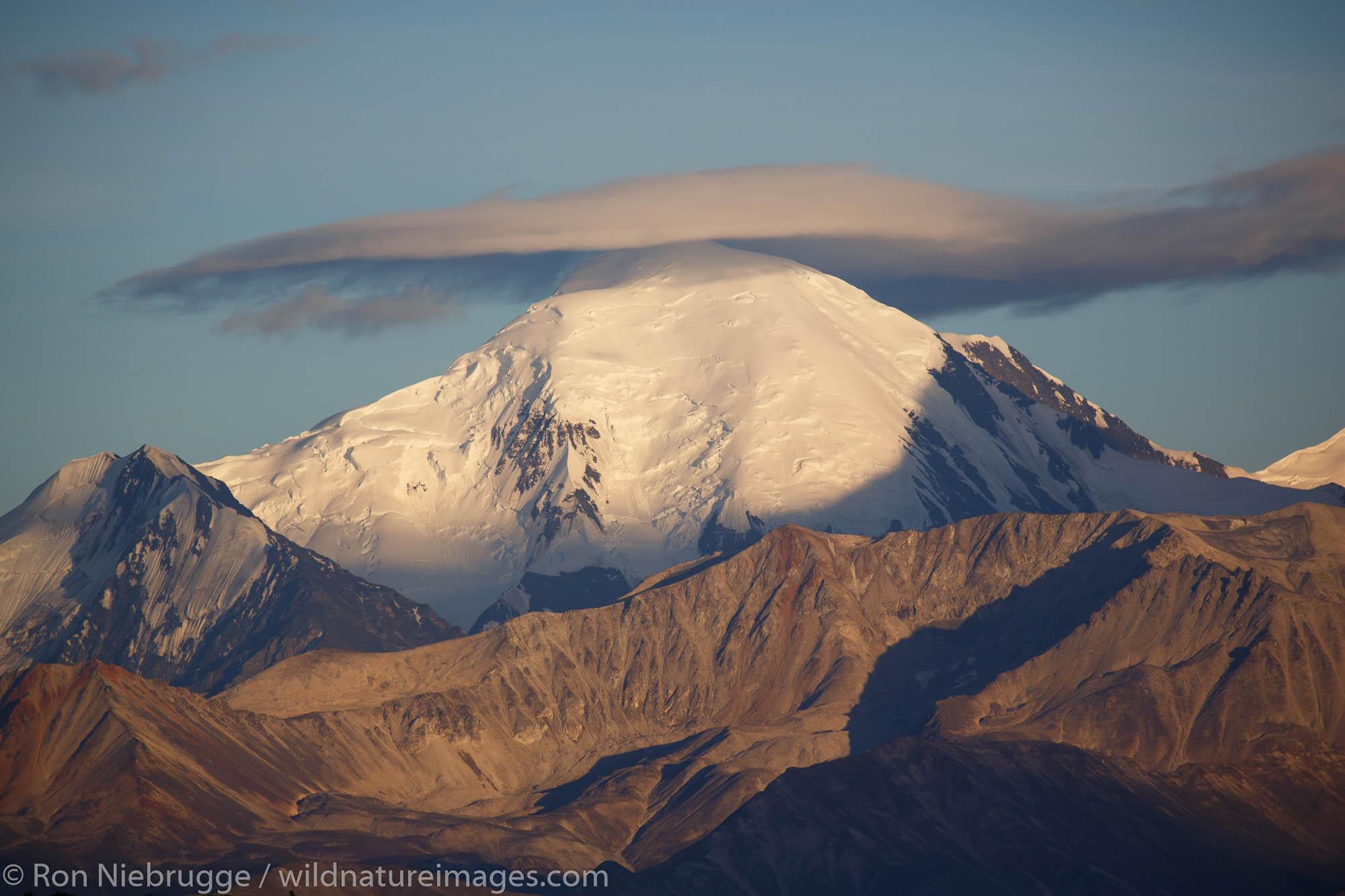 Lenticularis cloud forms over the Alaska Range, Denali National Park, Alaska.