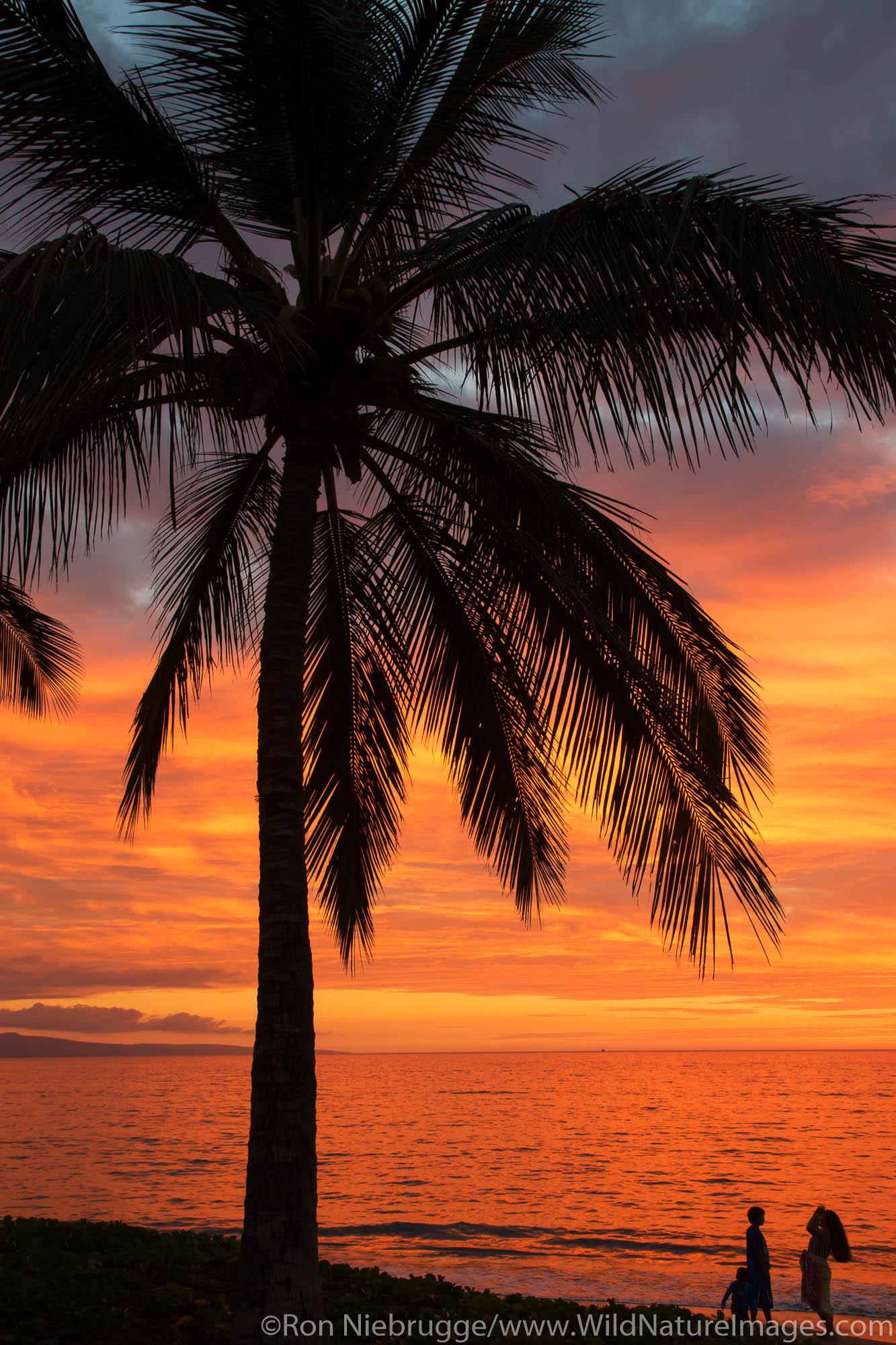 Sunset on Mai Poina 'Oe La'u Beach Park, Maui, Hawaii