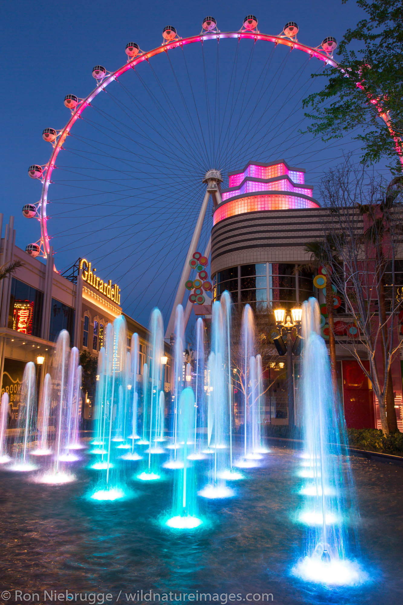 The High Roller ferris whell at The Linq, Las Vegas, Nevada.