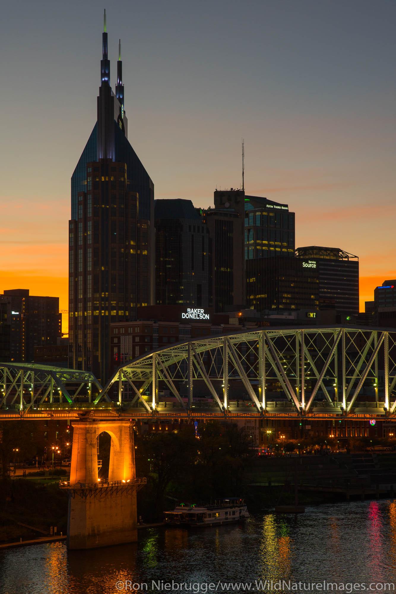 Nashville skyline at sunset.  Nashville,  Tennessee.