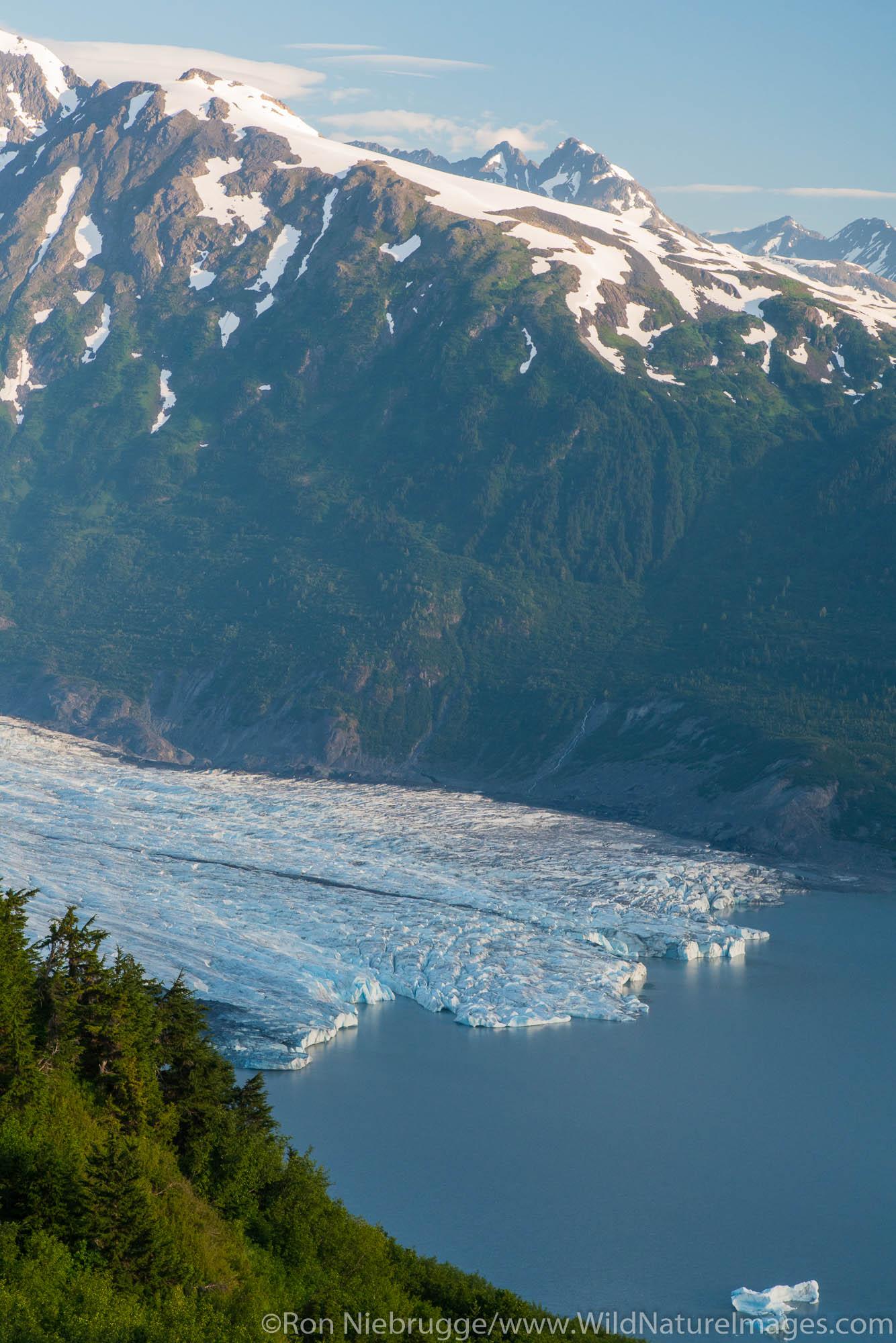 Spencer Glacier Bench Forest Service Cabin, Chugach National Forest, Alaska.