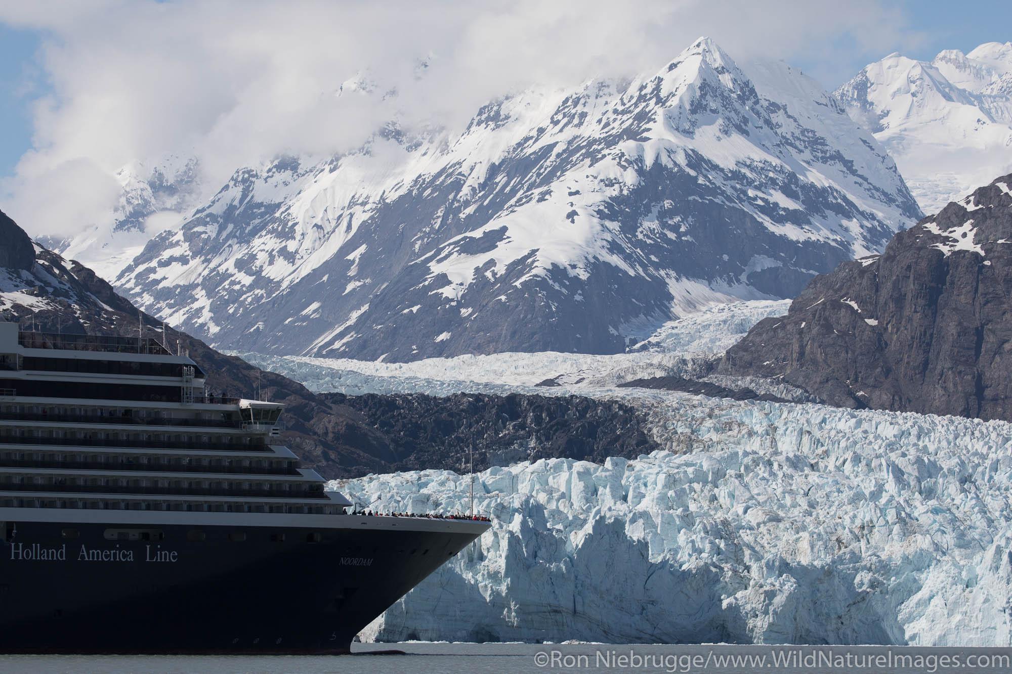 Cruise ship in front of Margerie Glacier, Glacier Bay National Park, Alaska.