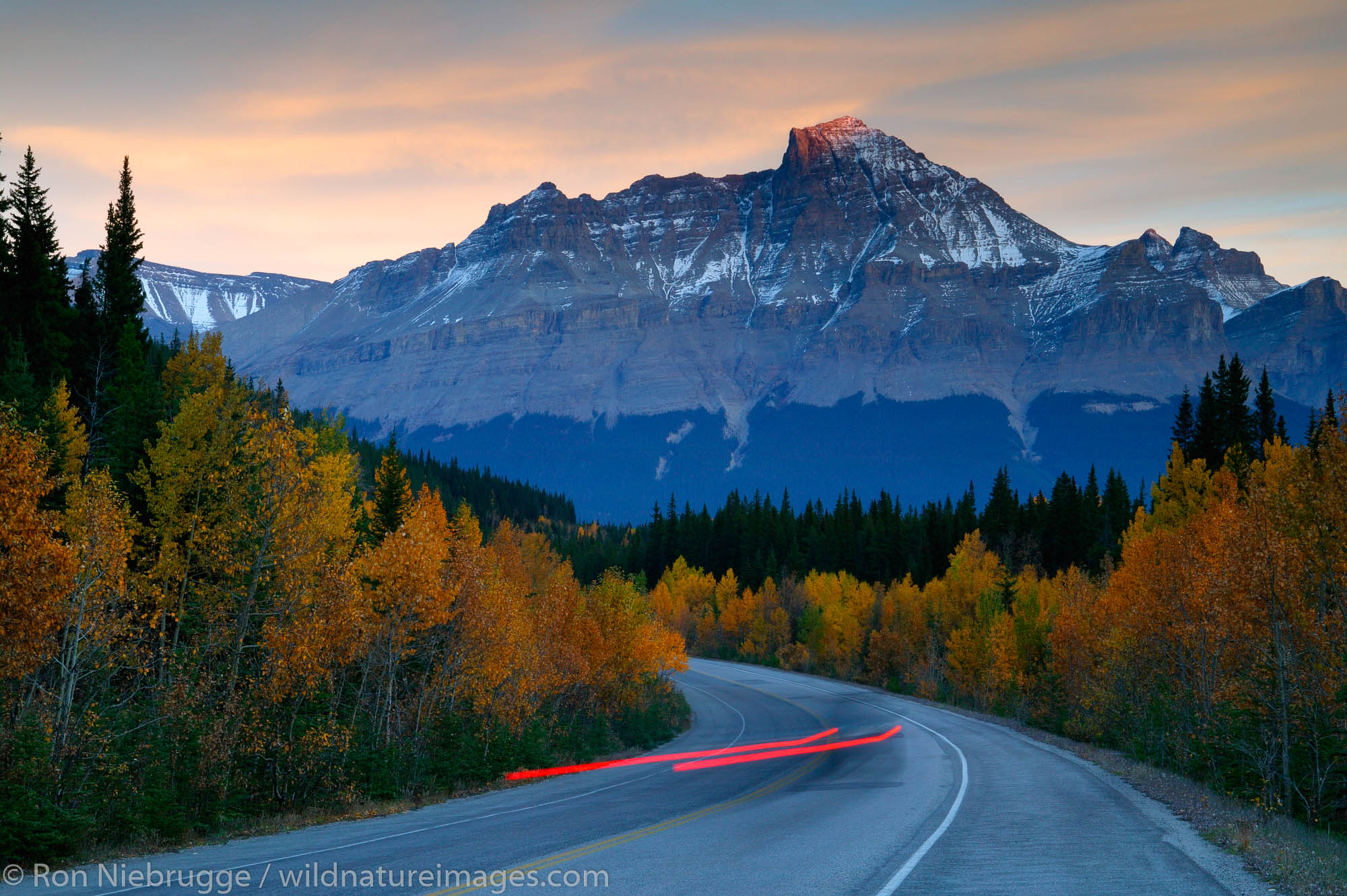 Icefields Parkway in the fall, Banff National Park, Alberta, Canada.